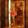 浙江杭州钛金KTV包厢门,KTV包厢不锈钢门,KTV玻璃雕花门价格